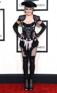 rs_634x1024-150208153624-634.madonna-grammy-awards-020815