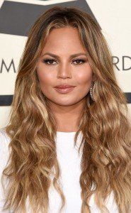 rs_634x1024-150208190055-634-chrissy-teigen-beauty-grammys.jw.2815