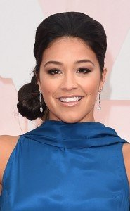 rs_634x1024-150222192833-634.Gina-Rodriguez-Academy-Awards-Brauty.ms.022215