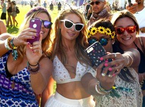 rs_1024x759-150410184600-1024.Paris-Hilton-Coachella.ms.041015