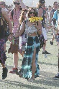 Vanessa-Hudgens-au-Festival-de-Coachella-le-14-avril-2013_portrait_w674